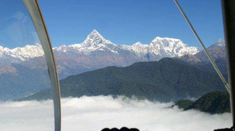 Microlight flight around Annapurna: High as a Kite