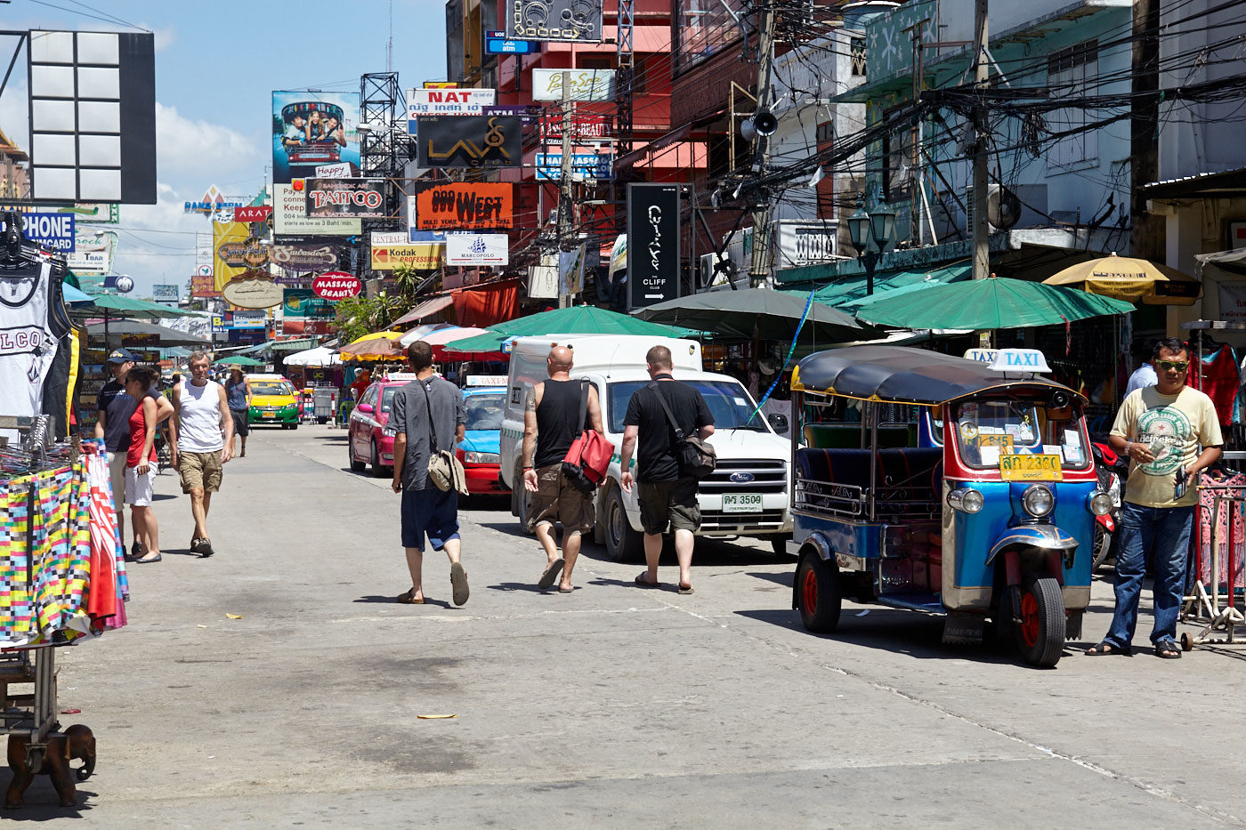 Backpacker ghetto Khao San Road to be spruced up