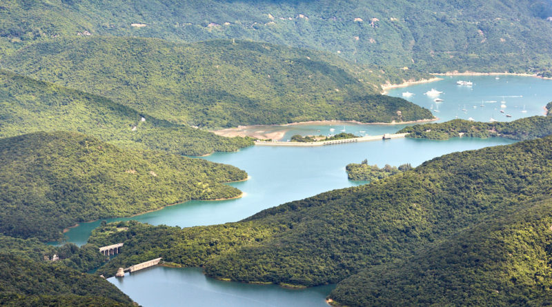Hiking in Hong Kong: Violet hill and The Twins
