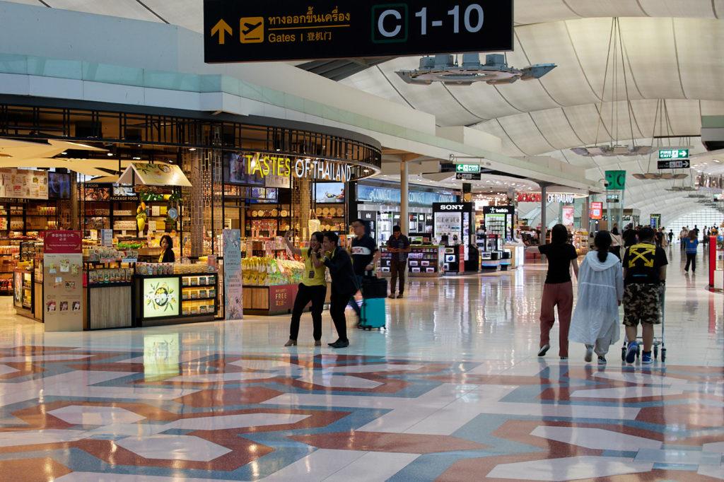 Suvarnabhumi Airport Bangkok shopping