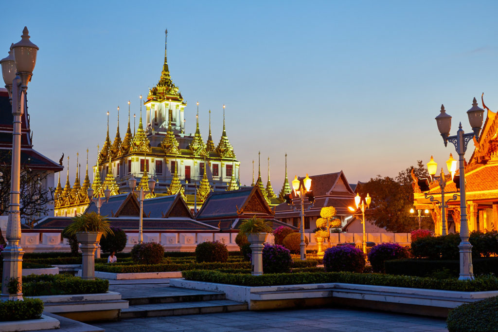 Bangkok by foot - Loha Prasat