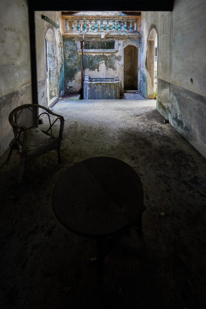 An abandoned Hakka mansion